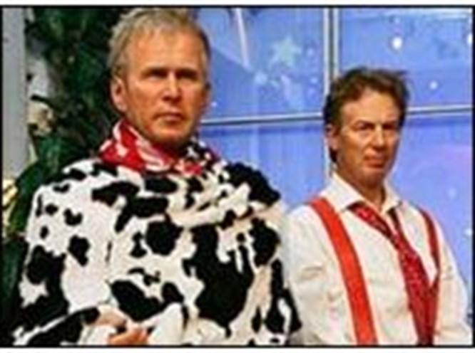Bush ve Blair'den inek pandomimi